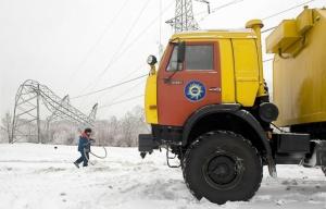 Падение опор в Подмосковье Фото: ИТАР-ТАСС