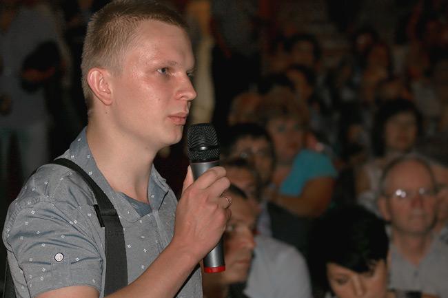Вопрос Лактюшина добавил нервозности