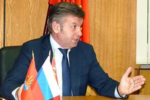 Мэр Дзержинского отвечает на вопросы Фото: Двести РУ