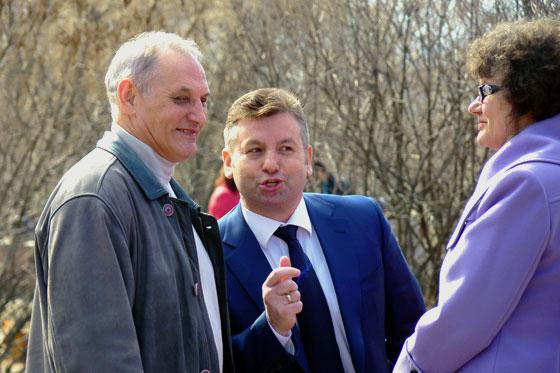 Замглавы Жуков, меценат Панаморенко и депутат Егорова, 2011 год