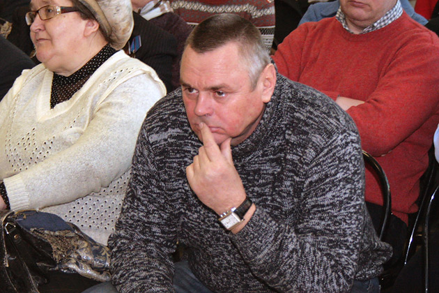 Экс-мэр Алексей Плешаков. Неужели это депутаты моего города?